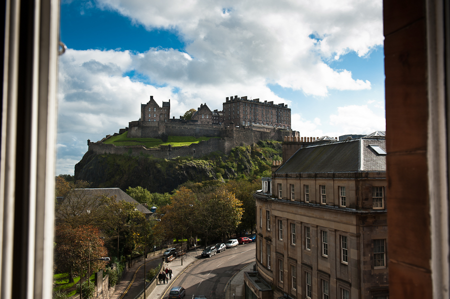 Jennifer Andrew S Wedding Edinburgh Castle The Caledonian